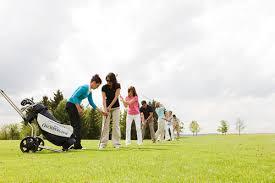 lerne Golf spielen